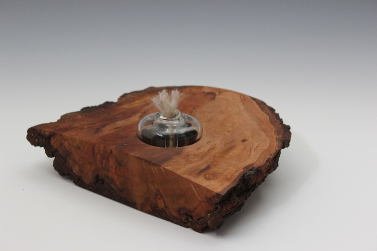 Rough Wood Oil Candle
