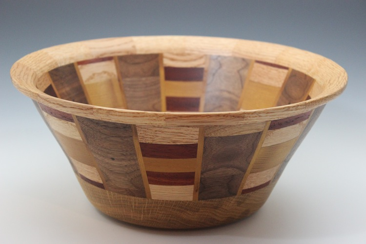 Two-tone Segmented Bowl